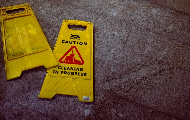 REASONS TO HIRE A CLEANING